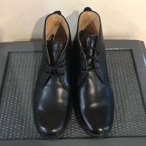 Frye Shoes - Frye Phillip  Chukka sz 8.5 Black